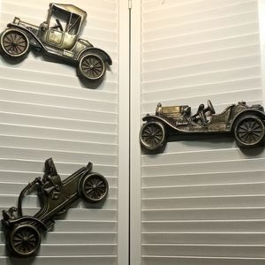 Vintage Metal Automobile Classic Cars Wall Plaques